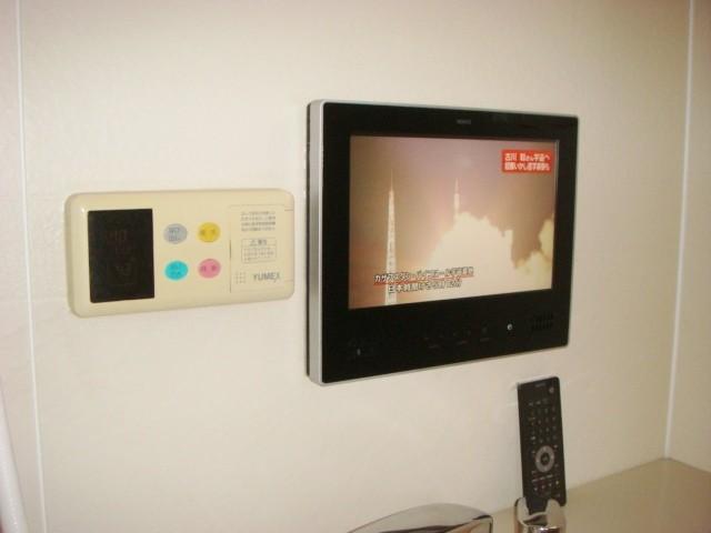 春日井市 浴室テレビ ノーリツ 12V型ハイビジョン 新規取付