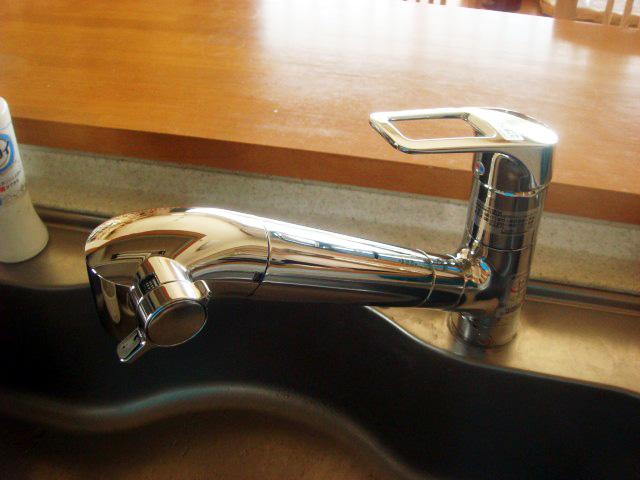 台所水栓取替工事