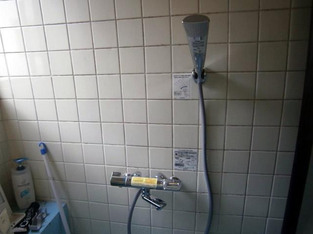 シャワー水栓取替工事(蛇口)