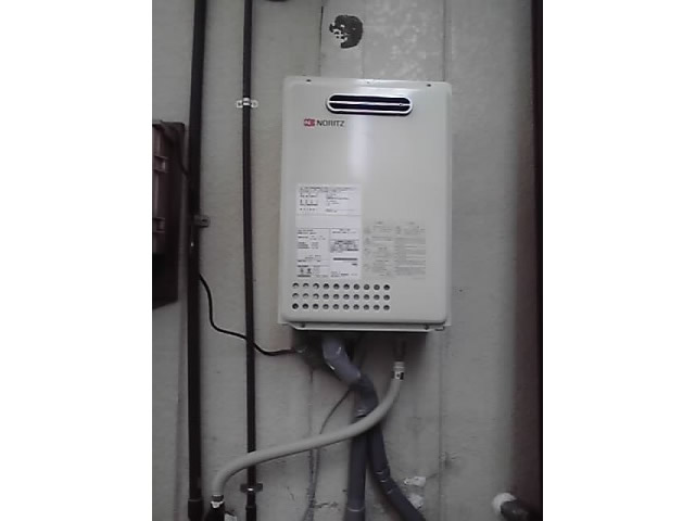 名古屋市西区 給湯器取替&移設工事