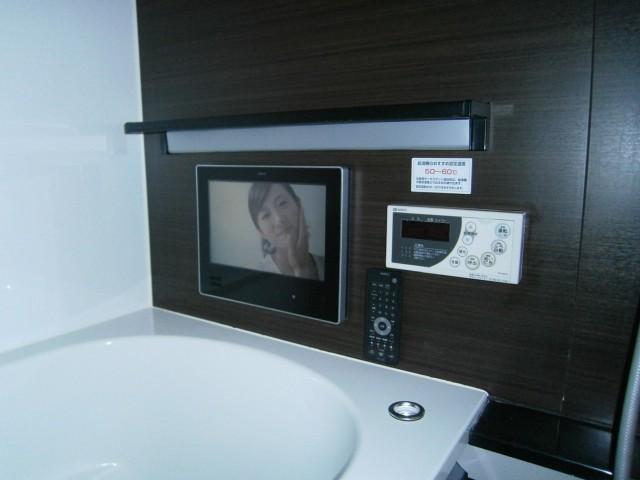 名古屋市中川区 浴室テレビ取付工事