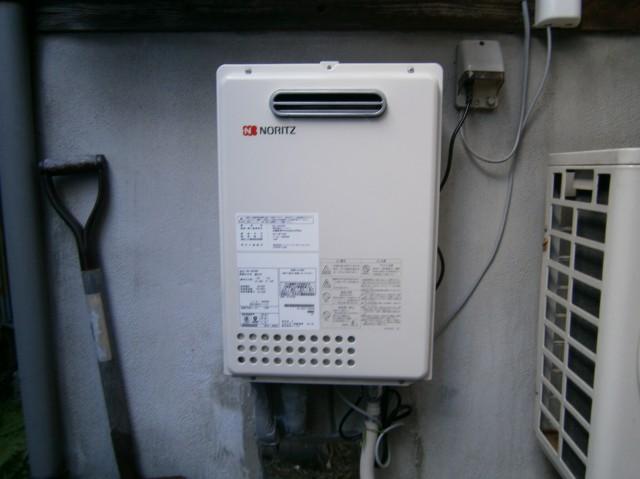 名古屋市昭和区 給湯器取替工事+配管+電源+水栓工事
