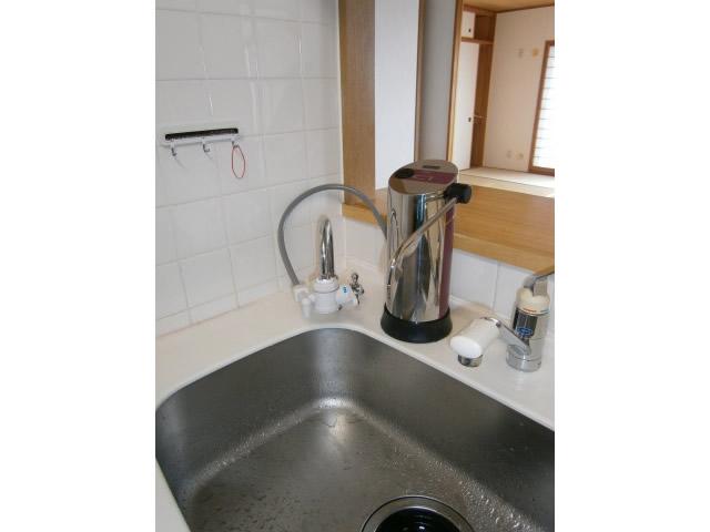 瀬戸市  台所水栓取替え、浄水器接続工事