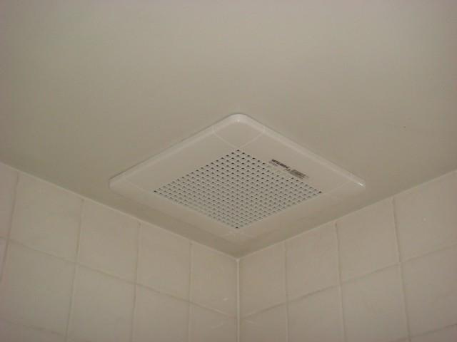 岡崎市 浴室換気扇取替工事
