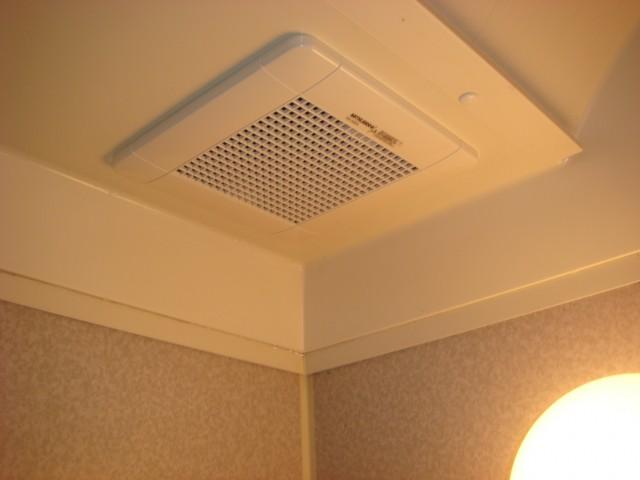 小牧市 浴室換気扇取替工事