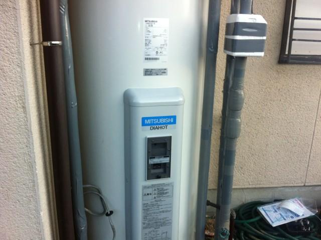 清須市 電気温水器取替工事