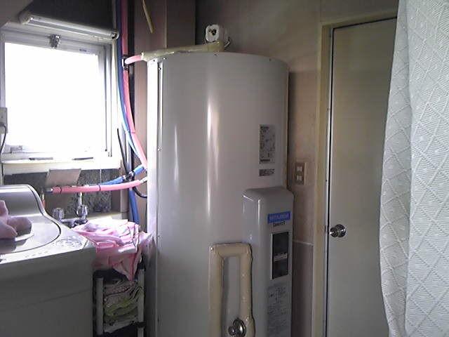 北名古屋市 電気温水器取替工事
