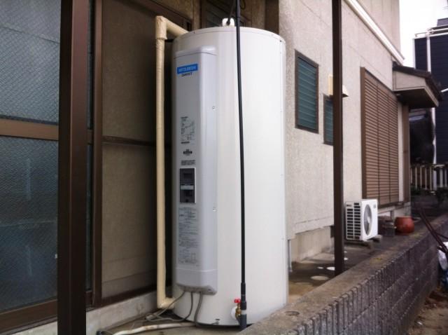 刈谷市 電気温水器取替工事