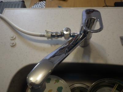 分岐水栓付き水栓 取替工事