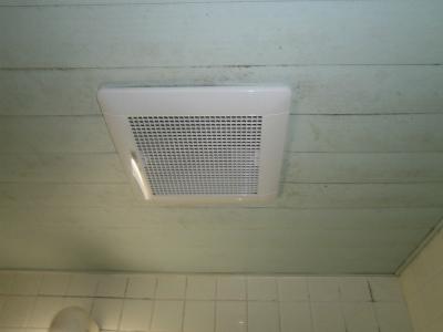 名古屋市昭和区 浴室換気扇取替工事