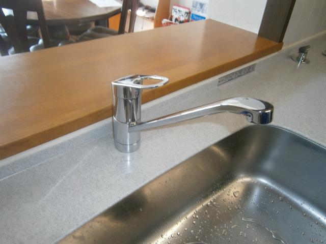 キッチン水栓取替工事