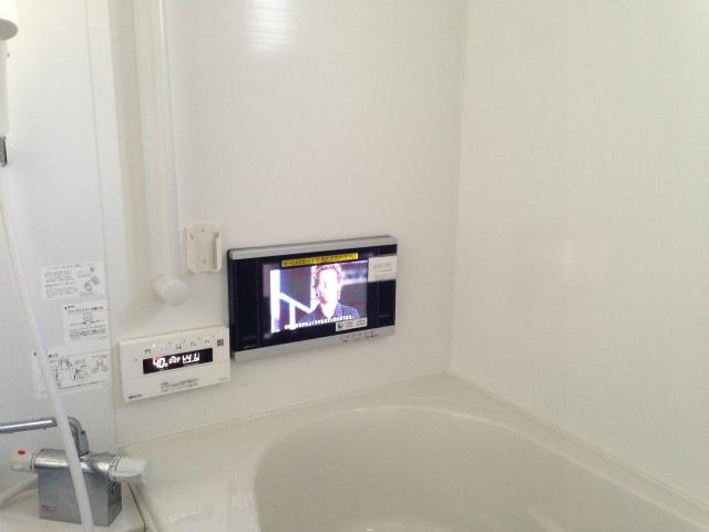 消費税増税前に是非♪浴室テレビ新規取付工事(清須市)