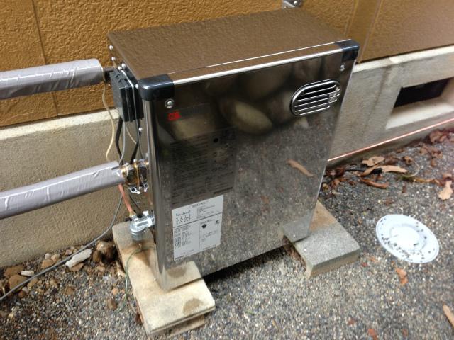 ノーリツ 石油給湯器 OQB-407YSA ステンレス外装 取替工事(山県市)