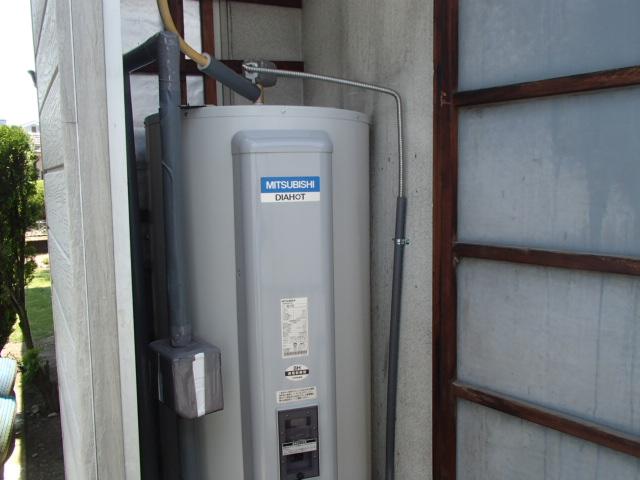 電気温水器取替工事(春日井市)