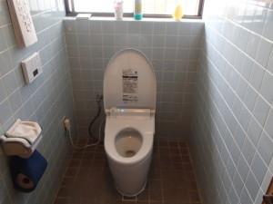 トイレ取替工事(鈴鹿市)