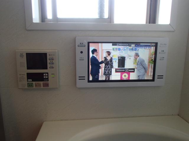 ツインバード浴室テレビ取替工事(名古屋市中区)